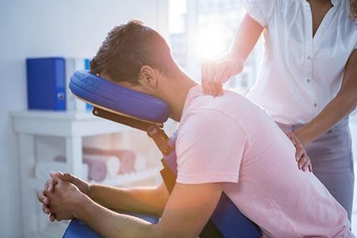 Behandlungsgeräte Physiotherapie
